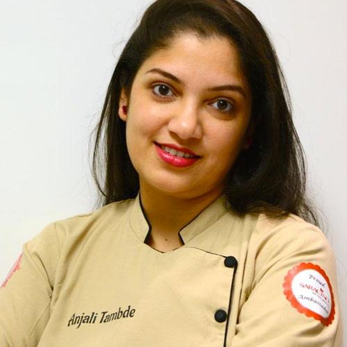 Anjali-Tambde-Tortenkunstlerin