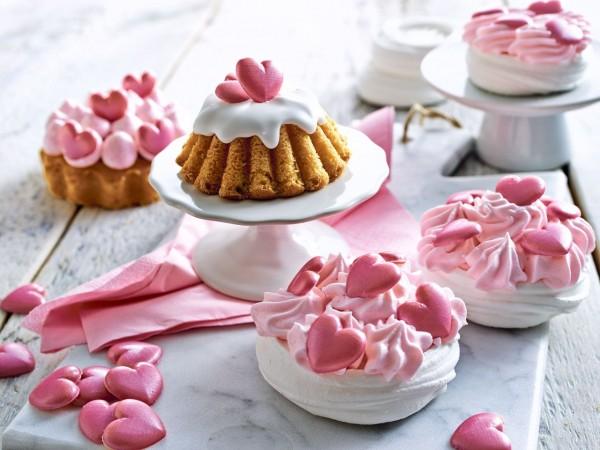 Schokoladen-Dekor Herzen rosa 17g