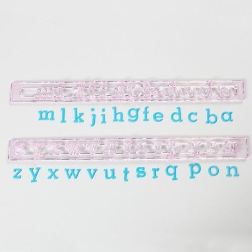 Buchstaben Ausstecher - Klein Normal