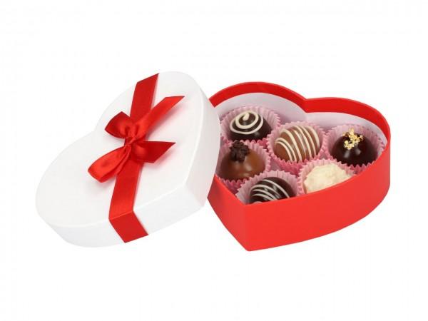 Chocolate Case für 6 Pralinen Herz