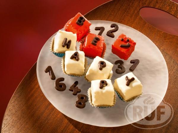 Schokoladen ABC-Dekor